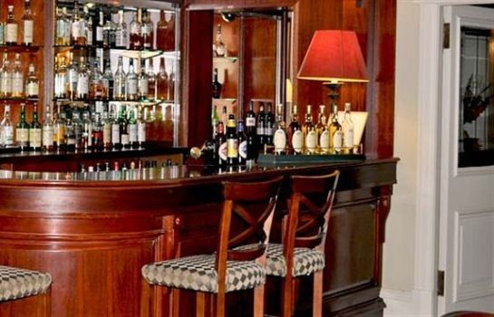 Hotel bar Pine Trees Hotel Pitlochry