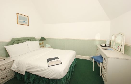 Double room (standard) The Courtlands