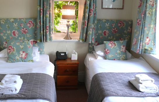 Double room (standard) Chester Court Hotel