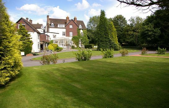 Surroundings Manor House Hotel & Spa