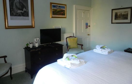 Standard room Brocks Guest House