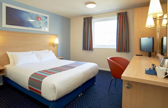 Zimmer TRAVELODGE TODDINGTON M1 SOUTH
