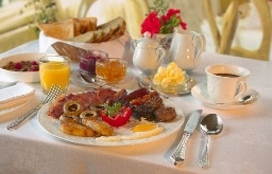 Breakfast buffet Kilronan House