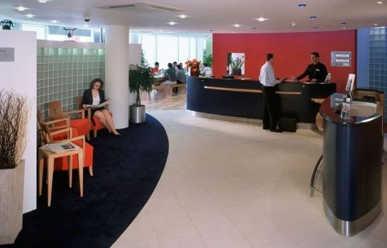 Reception Holiday Inn LONDON - WEST