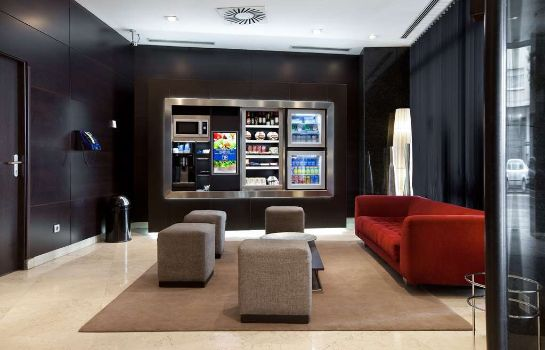 Lobby NH Madrid Sur