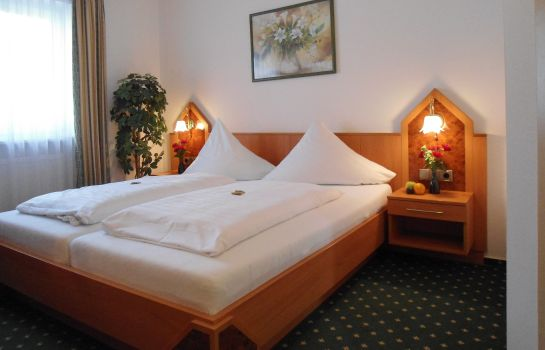 Double room (superior) Landhotel Hutzenthaler