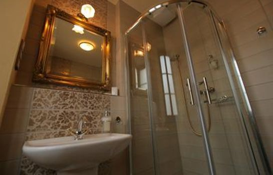 Bathroom Hotel Octarna