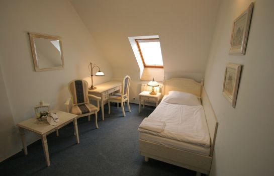 Single room (standard) Hotel Octarna