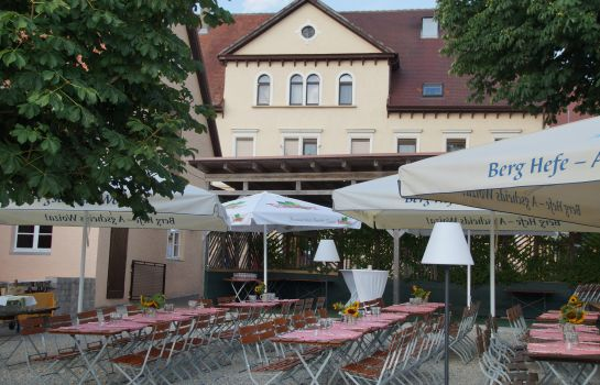 Terrasse Land-gut-Hotel Zur Rose