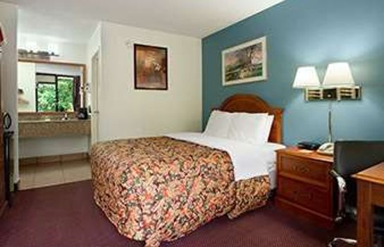 Suite DAYS INN RALEIGH BELTLINE