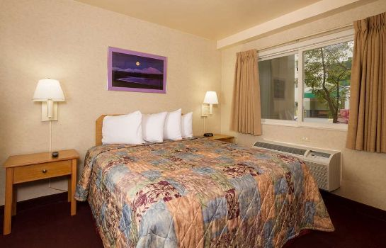 Hotelhalle GuestHouse Inn & Suites Anchorage