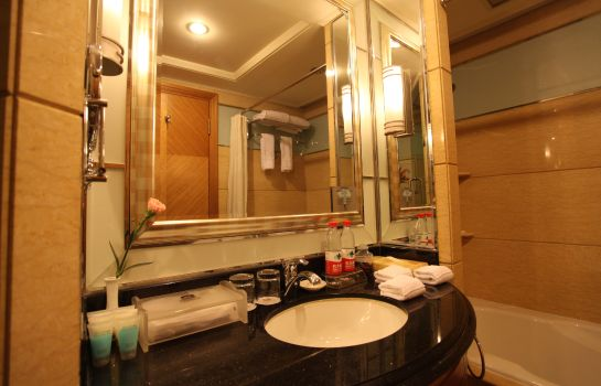 Bathroom Premier Wuhan Mayflowers