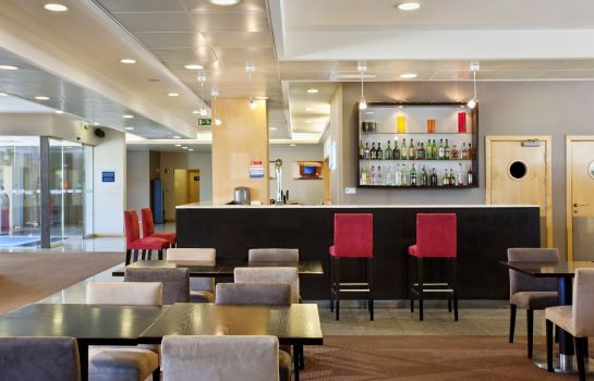 Hotel bar Holiday Inn Express LISBON - OEIRAS