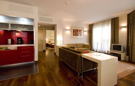 Suite Mamaison Residence Diana Warsaw