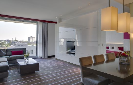 Suite RADISSON BLU MEDIA HARBOUR DUS