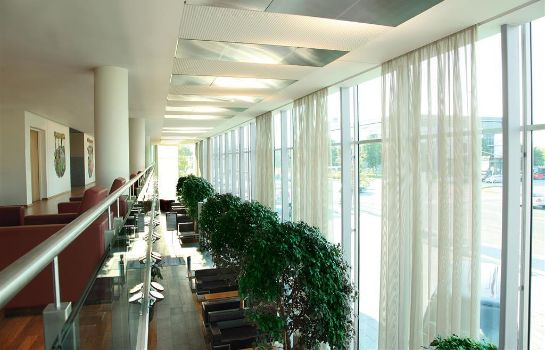 Hotelhalle Four Points by Sheraton Panoramahaus Dornbirn