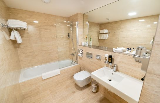 Bagno in camera Grandium  Prague