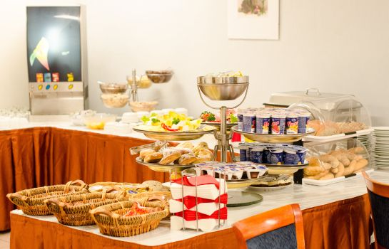 Breakfast buffet Inos