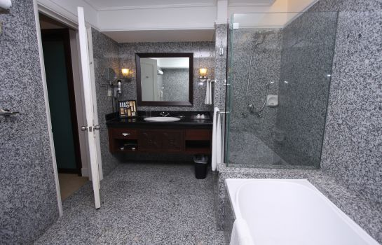 Bathroom PNB Perdana Hotel & Suites On The Park