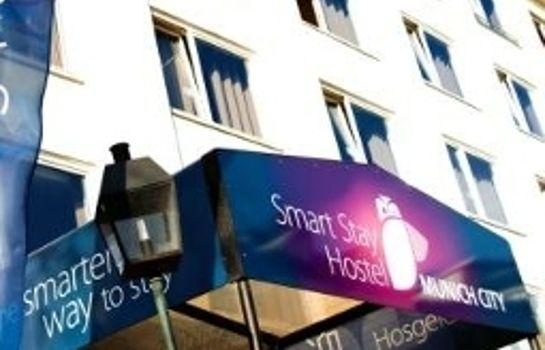 Außenansicht Smart Stay Hostel Munich City