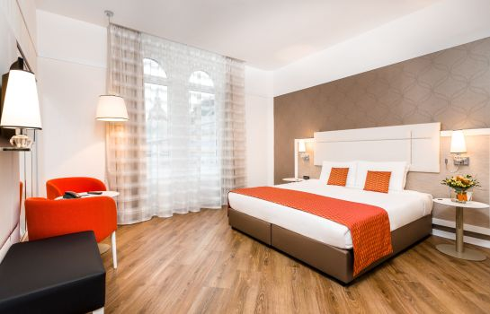 Double room (standard) Parlament