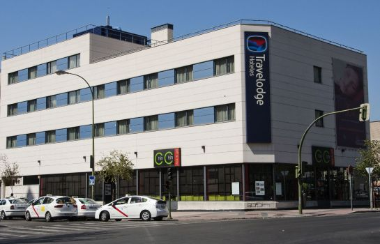Exterior view Travelodge Madrid Torrelaguna