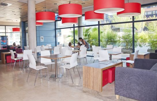Restaurant Travelodge Madrid Torrelaguna