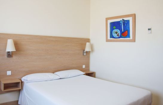 Single room (standard) Travelodge Madrid Torrelaguna