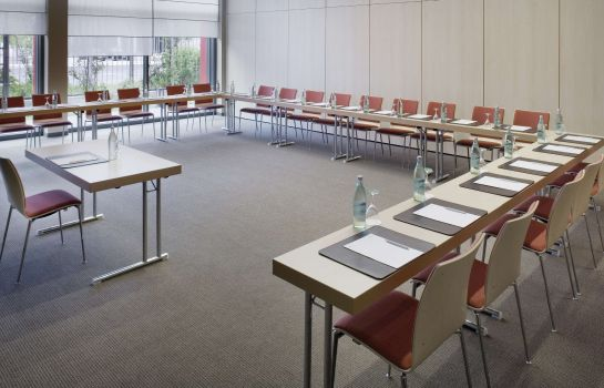 Conference room Movenpick Hotel Frankfurt-City