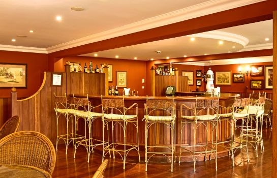 Hotel bar Pestana Village Garden Resort Aparthotel