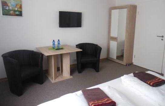 Double room (standard) Zur Messe