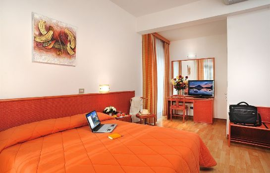 Triple room Hotel Tiberius