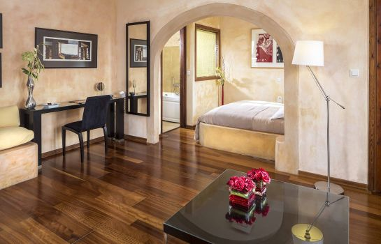 Suite Petra Hotel And Suites