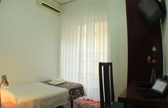Single room (standard) Esmeralda Hostal