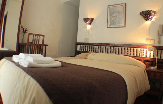 Double room (standard) Esmeralda Hostal