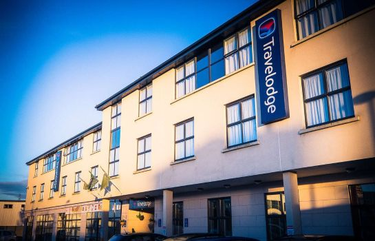Exterior view Travelodge Galway City