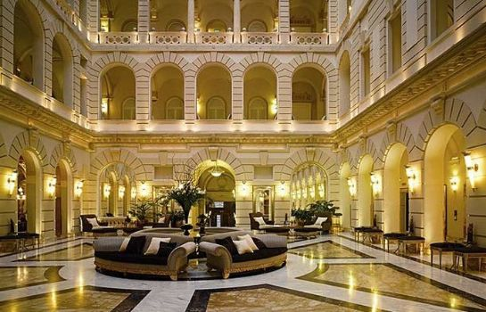 Lobby Boscolo Budapest Autograph Collection