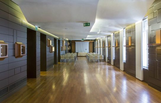 Conference room Boscolo Budapest Autograph Collection