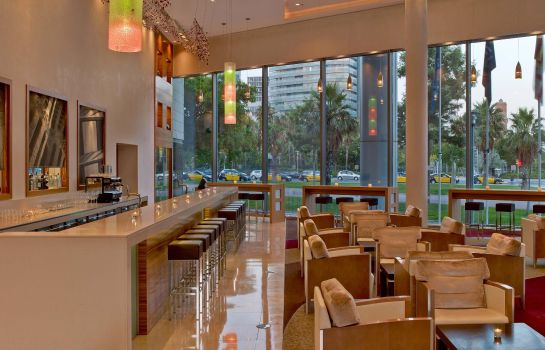Hotel bar Hilton Diagonal Mar Barcelona