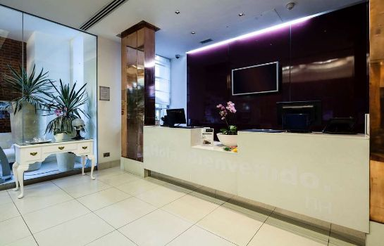 Hol hotelowy NH London Kensington