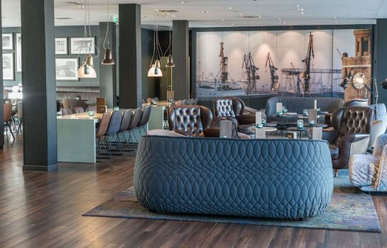 Hotel-Bar Motel One Altona