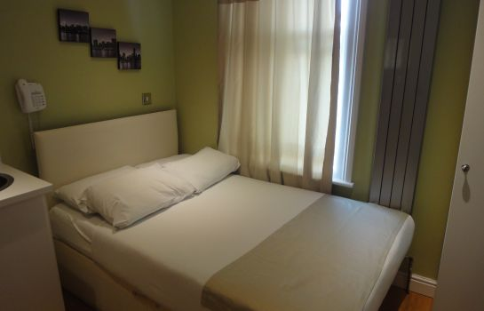 Double room (superior) Dylan Apartments Earls Court