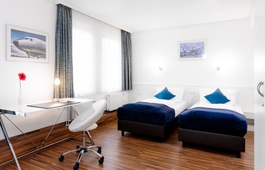 Junior Suite Airport- & Seminarhotel Neu-Isenburg