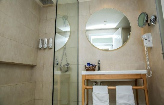 Bathroom Grand Sirenis Punta Cana Resort & Aquagames - All Inclusive