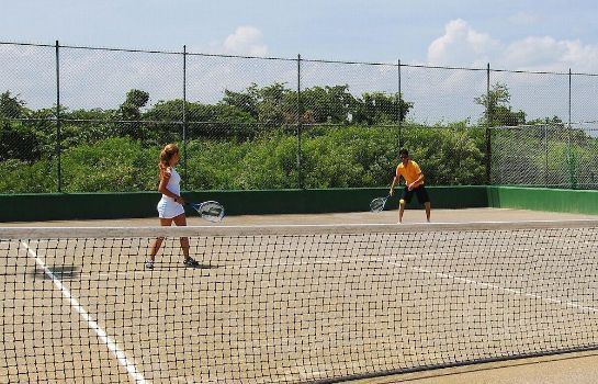 Tennis court Grand Sirenis Punta Cana Resort & Aquagames - All Inclusive