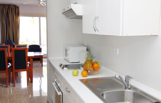 Kitchen in room Roc Portonova Apartamentos