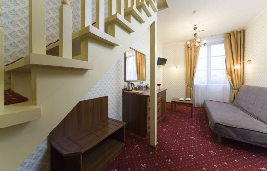Suite Hotel Moyka 5