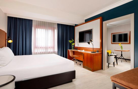 Suite Four Points by Sheraton Siena