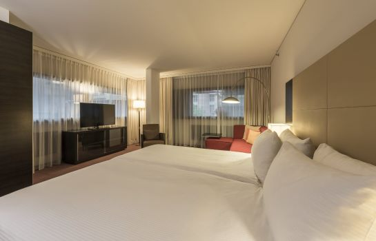 Zimmer Four Points by Sheraton Sihlcity - Zurich