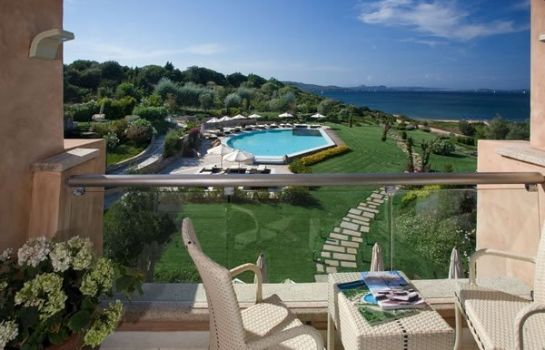 Info L'EA Bianca Luxury Resort
